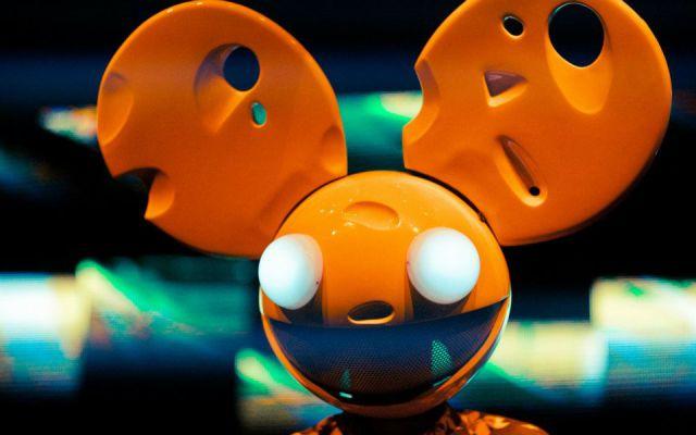 """Deadmau5 estrena su álbum de éxitos """"5 years of Mou5"""""""