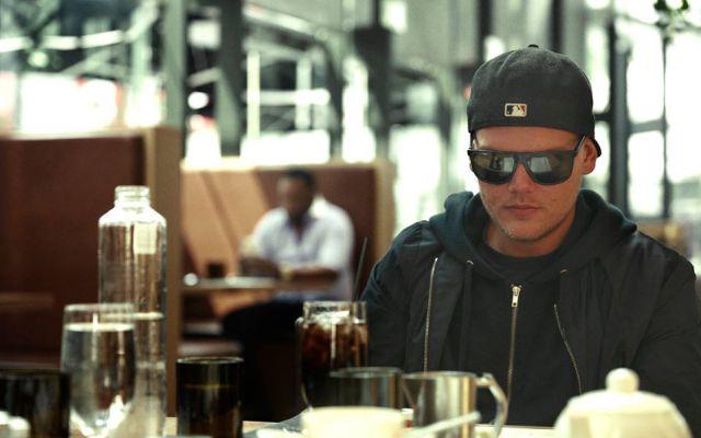 Avicii realiza la nueva canción de Coca Cola