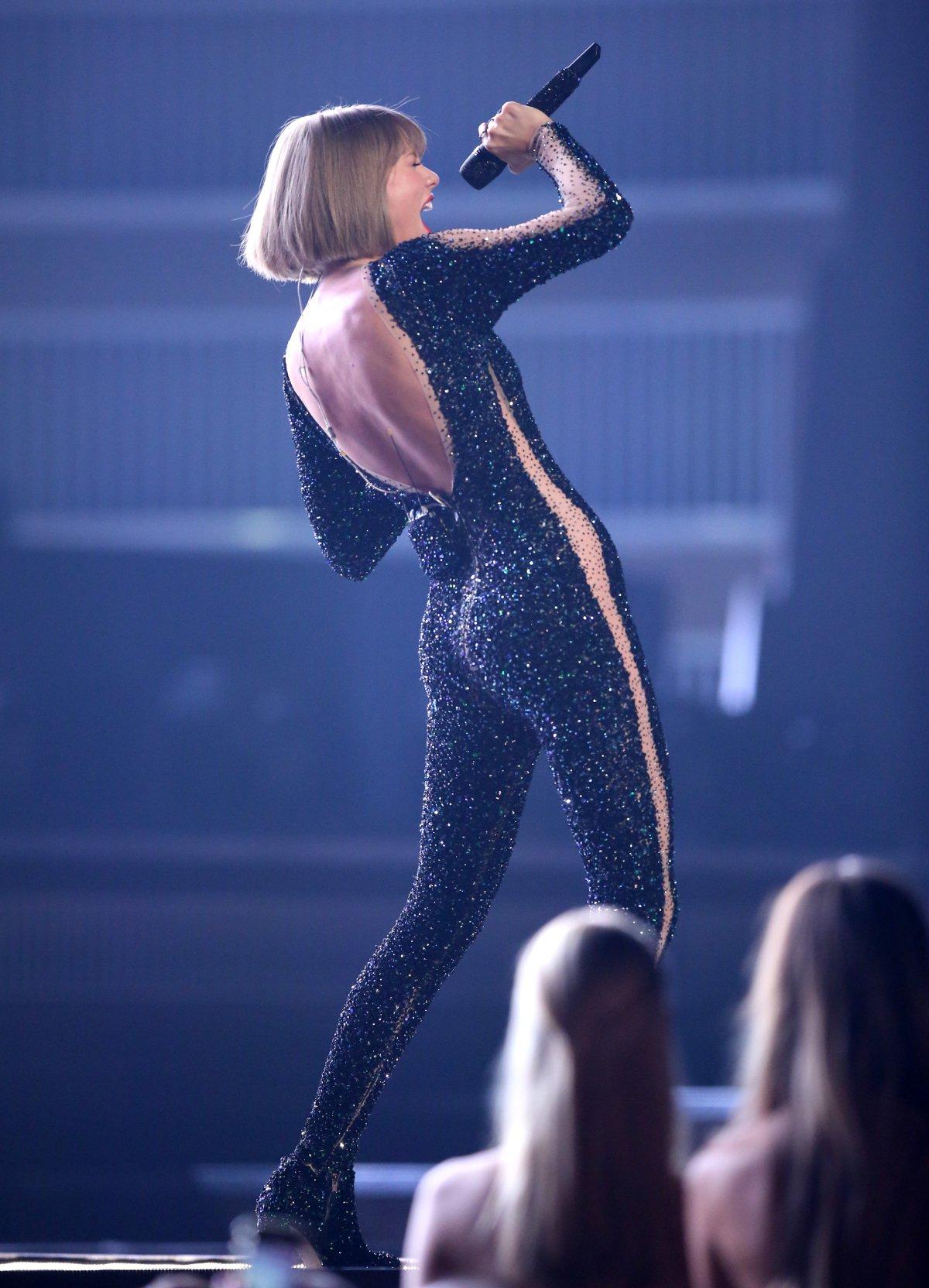 La transformación del trasero de Taylor Swift