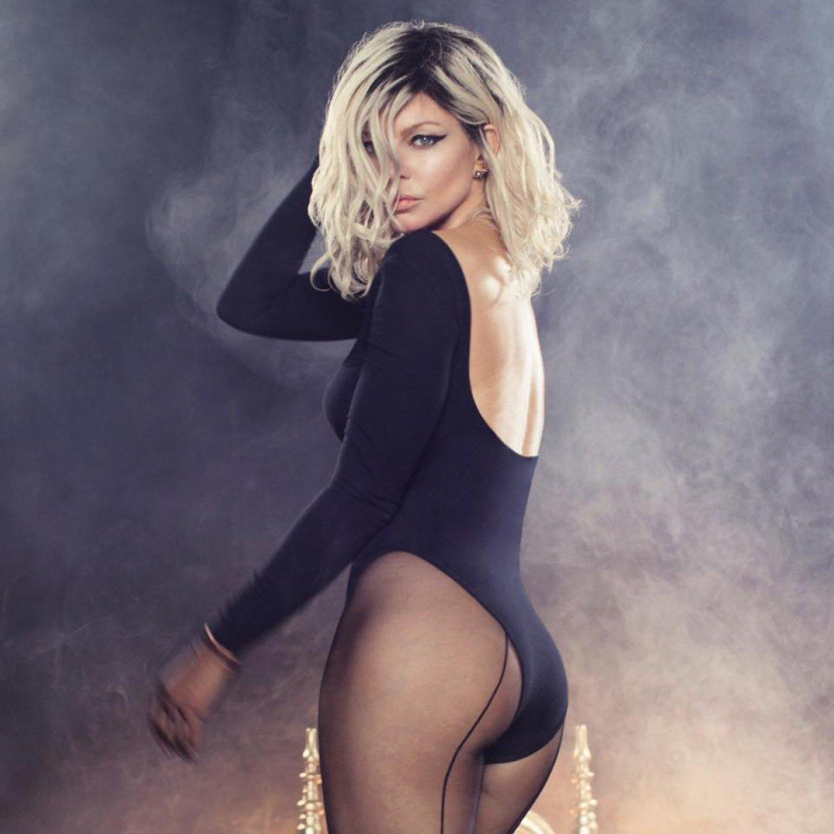 Fergie comparte la portada de su nuevo álbum en Instagram ... Fergie