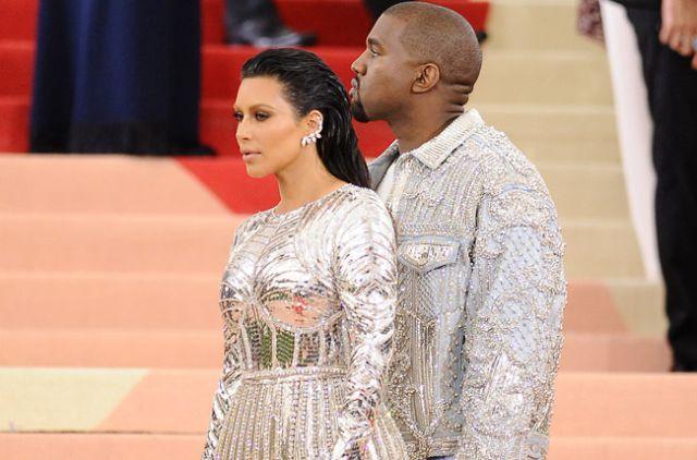 Kim Kardashian reaparece en ropa interior tras el robo en París