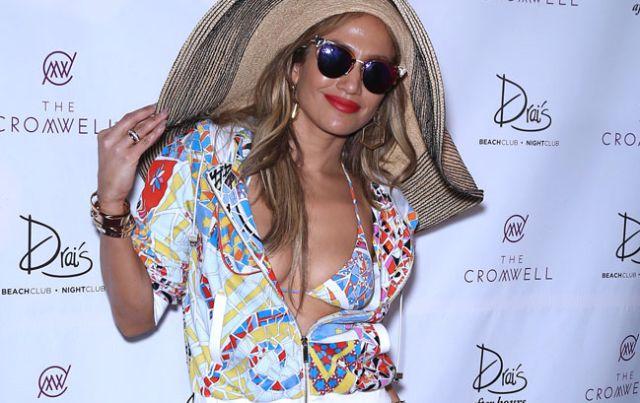 La reacción de Rihanna al saber que Jennifer Lopez está saliendo con Drake