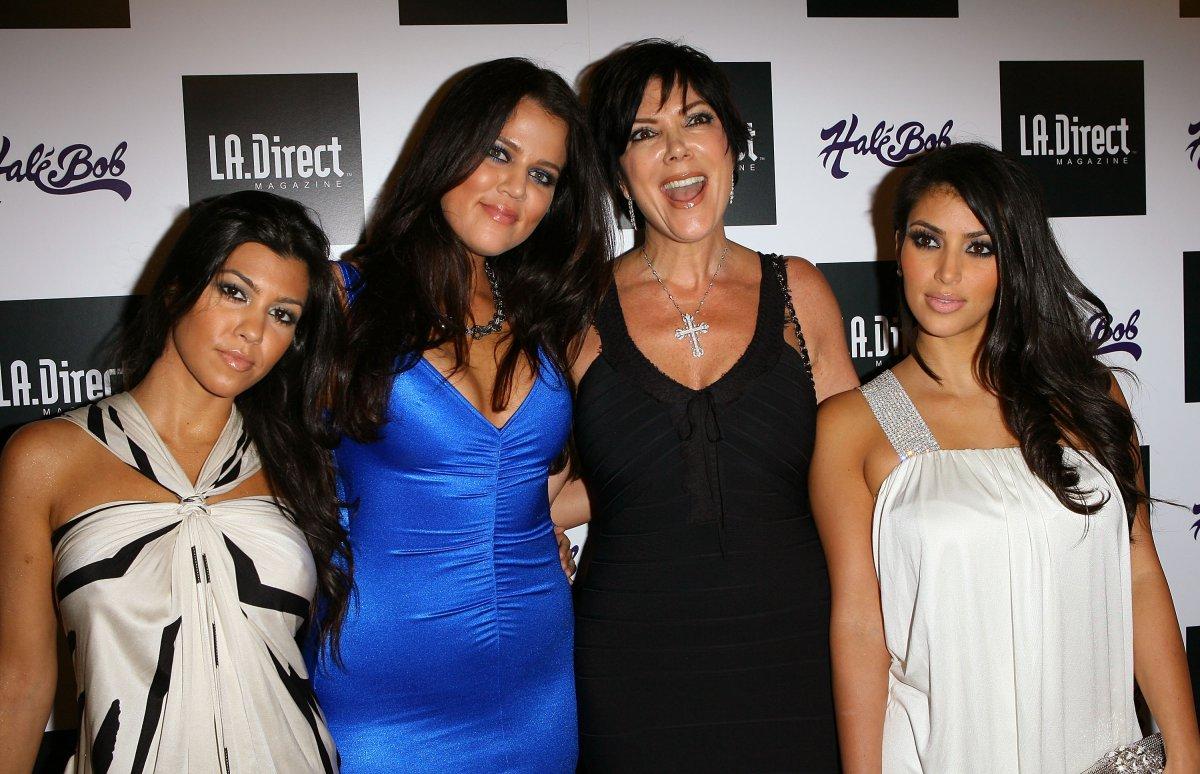 Así de transformadas lucían las Kardashian en su primera alfombra roja
