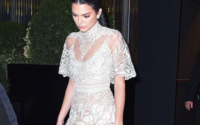 Kendall Jenner sufre robo millonario en su casa de Los Ángeles
