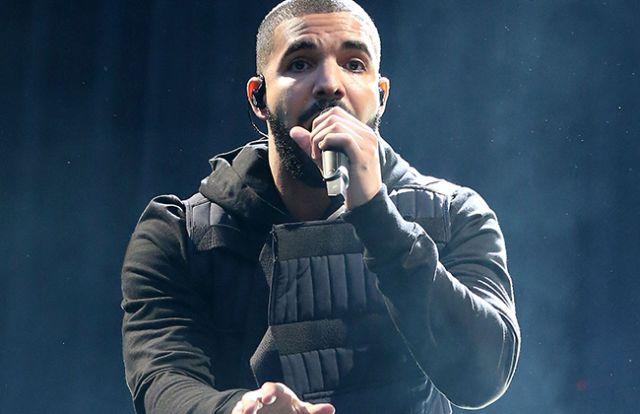 Drake manda mensajes de texto a Jennifer Lopez cuando ha bebido más de la cuenta