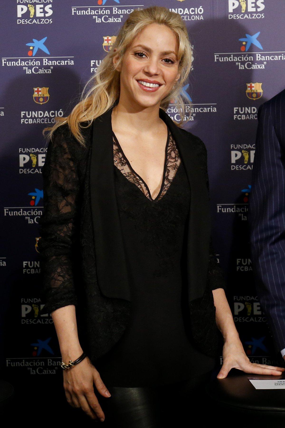 La transformación de Shakira para su nuevo video 'Comme moi ... Shakira