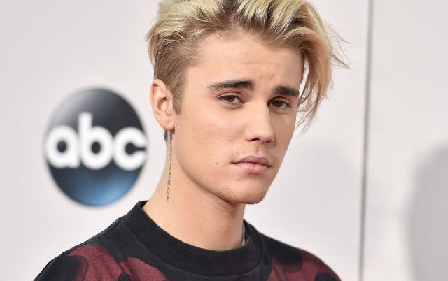 Justin Bieber se lució jugando fútbol en Bogotá