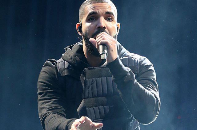 Mujer irrumpe en casa de Drake para robarle comida y agua