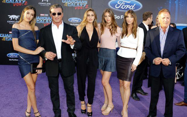 Las hijas de Sylvester Stallone tienen celosa a Miley Cyrus por esta razón