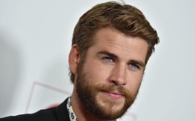 ¿Liam Hemsworth no es heterosexual?