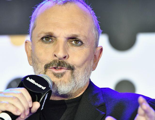 Bosé cantará con Medrano en sus shows en Colombia