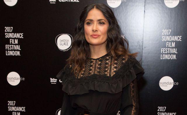 Salma Hayek cree que los mellizos de George y Amal Clooney son muy 'afortunados'