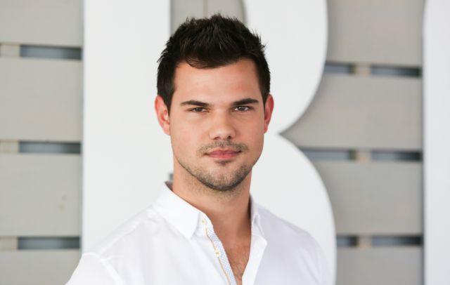 Taylor Lautner es el apoyo incondicional de la hija de Carrie Fisher