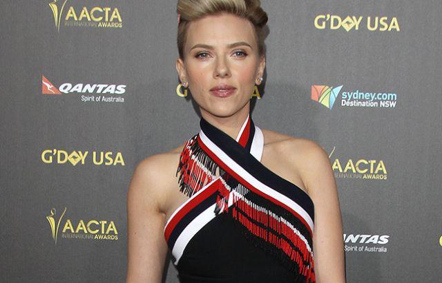 ¿Se confirma el romance de Scarlett Johansson y Colin Jost?