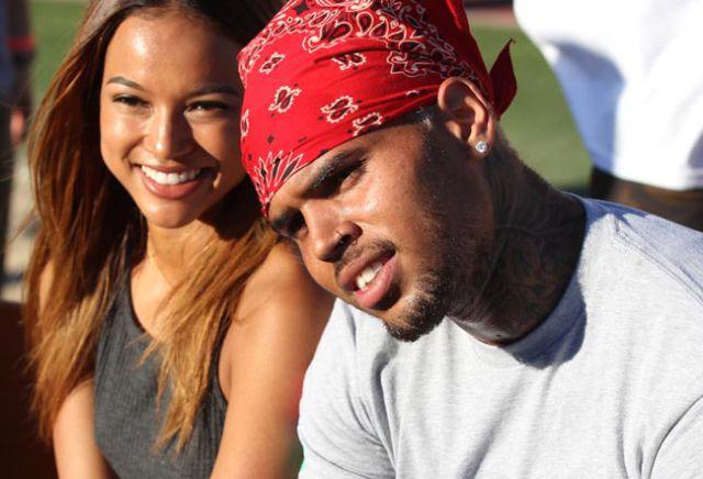 Exnovia de Chris Brown consigue que el juez imponga una orden de alejamiento