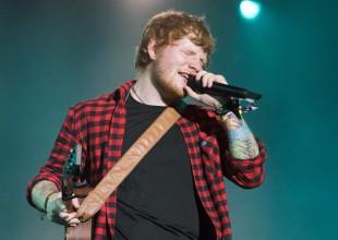 Ed Sheeran se defiende de las críticas por su actuación en Glastonbury