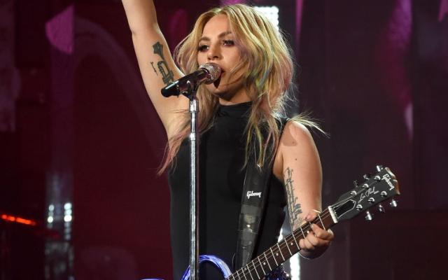 Lady Gaga habla por primera vez de su nuevo novio: Christian Carino