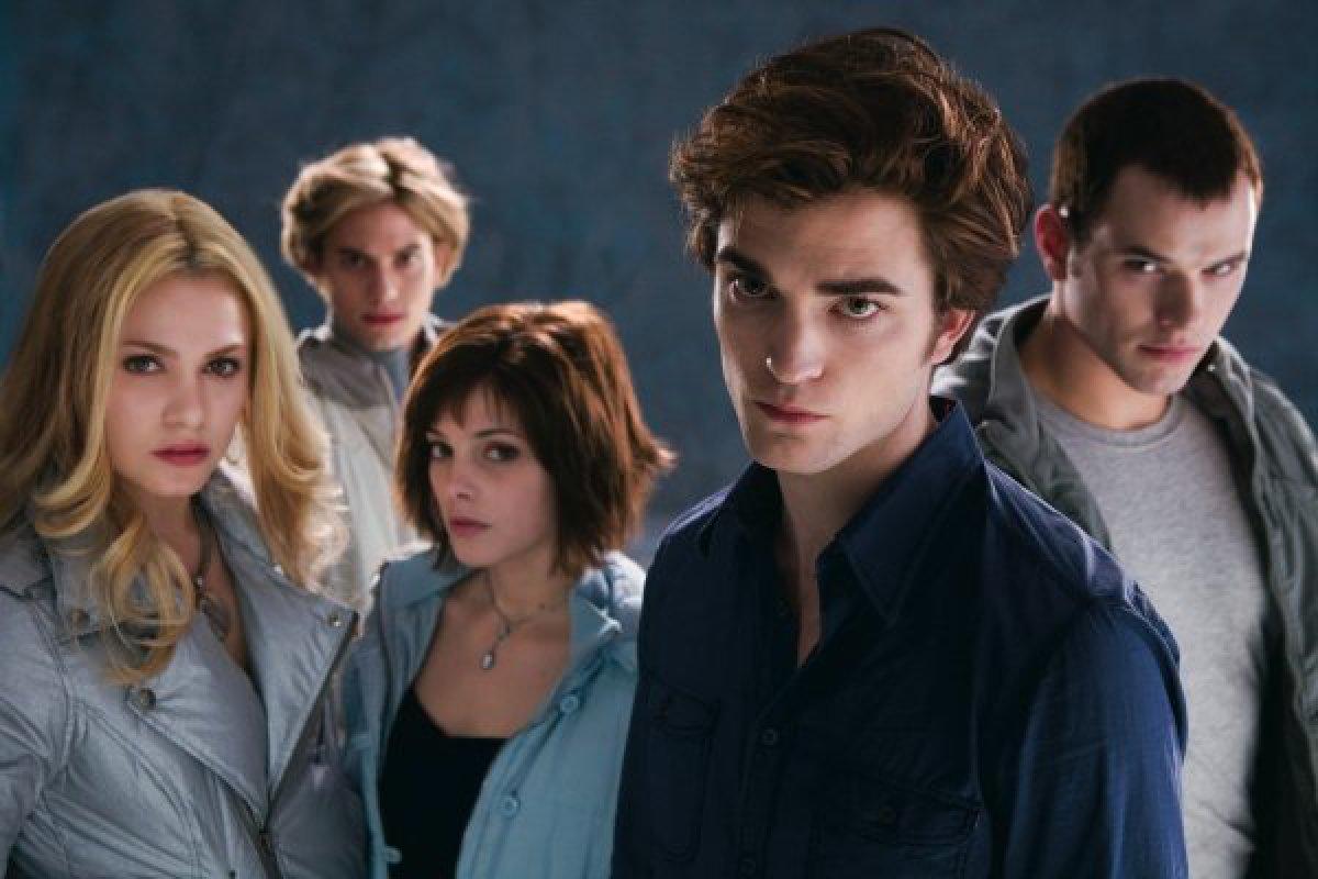 """Así luce ahora """"Alice Cullen"""" la sexy vampiro de """"Crepúsculo"""""""