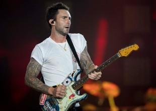 """Maroon 5 se juega todo en el amor con su video """"What Lovers Do"""""""