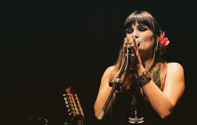 Rozalén te invita a disfrutar de lo simple con su canción