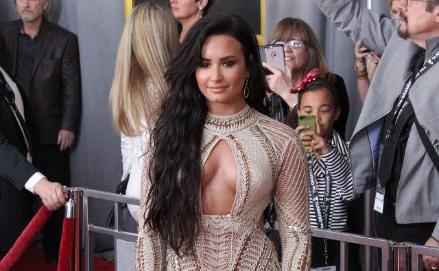 Demi Lovato lanzó el tráiler de su documental