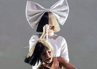 Sia anuncia el contenido de su primer disco navideño, 'Everyday Is Christmas'