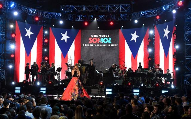 El pasado sábado 14 de octubre, estrellas de la música, de la televisión y del cine sumaron sus voces en una gala benéfica que tuvo lugar en EE. UU.