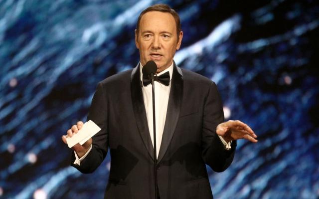 Kevin Spacey se queda sin el Emmy honorario y sin una nueva temporada de 'House of Cards'