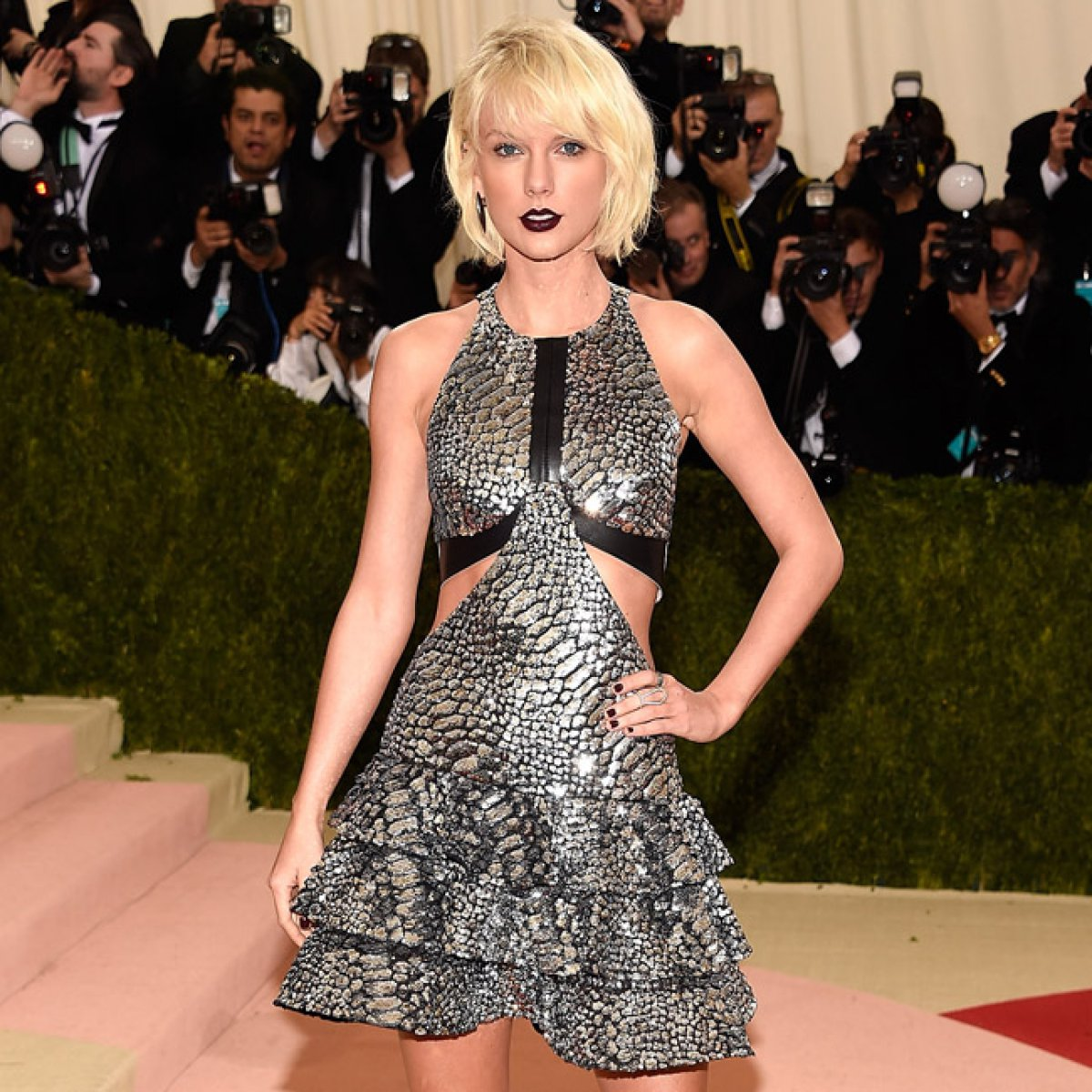Taylor Swift se burla del enfrentamiento entre Kanye West y Jay Z en su nuevo disco