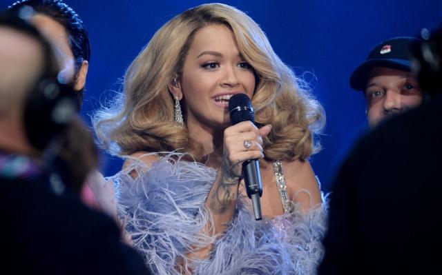 Rita Ora rememora su ingreso hospitalario a causa del 'agotamiento extremo'