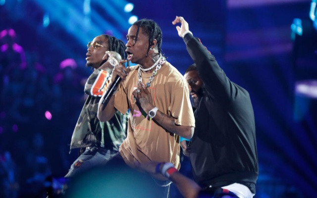 "Travis Scott estrenó su nueva canción ""Too Many Chances"""