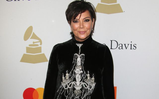 Difunden video de Kris Jenner completamente borracha y haciendo twerking