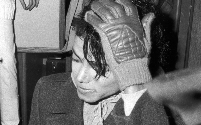 Así fue como a Michael Jackson se le prendió el pelo hace 34 años