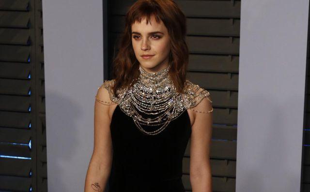 Emma Watson se tatuó para los Oscar con tan mala ortografía que ella misma se burla