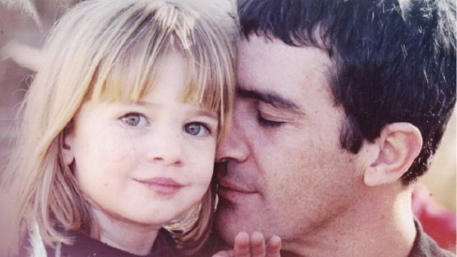La sensual apariencia de la hija de Antonio Banderas que roba suspiros en instagram