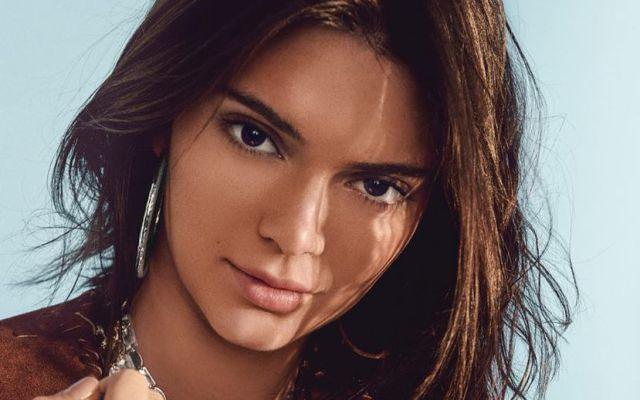 Así Kendall Jenner lo enseña todo en el Festival de Cannes