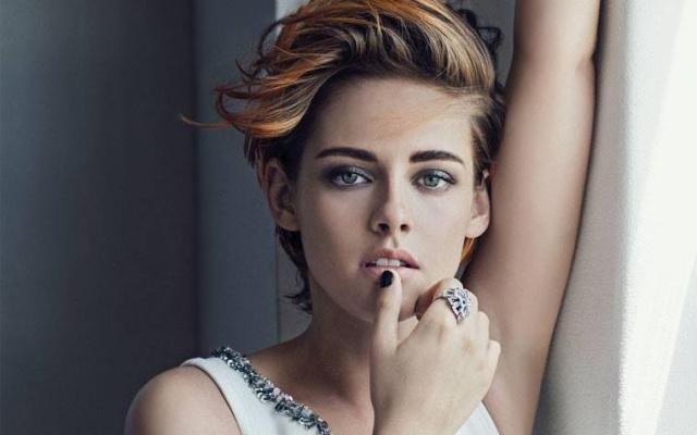 Kristen Stewart vuelve a rebelarse contra la etiqueta de Cannes