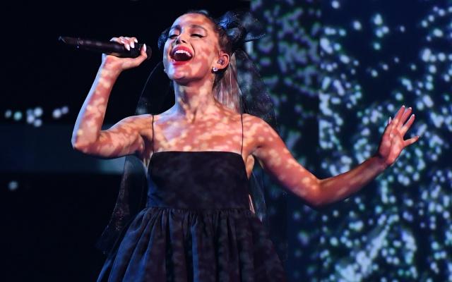 Ariana Grande escribe una carta de amor a la comunidad LGBTQ