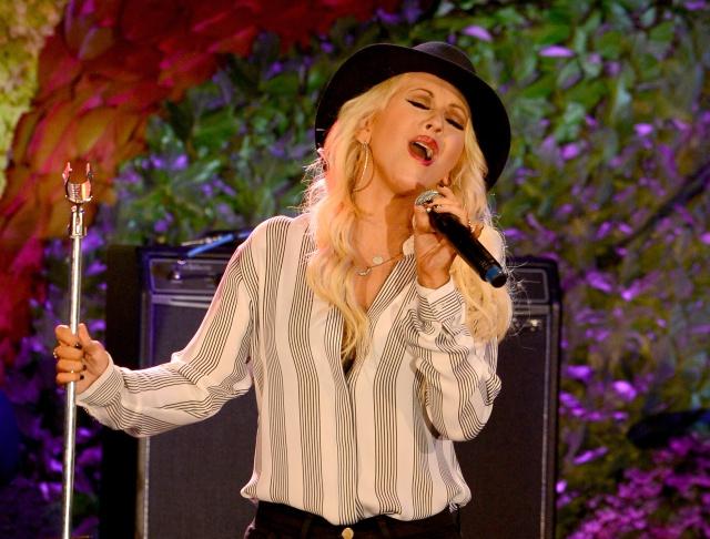 Christina Aguilera y su show sorpresa en el metro de Nueva York.