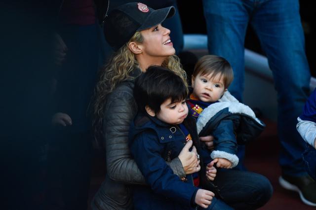 Shakira comparte foto de sus hijos con la camiseta de la selección Colombia