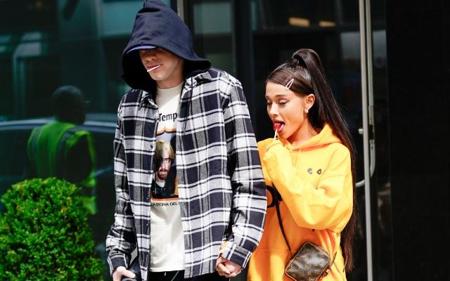Ariana Grande revela un gran secreto de su novio