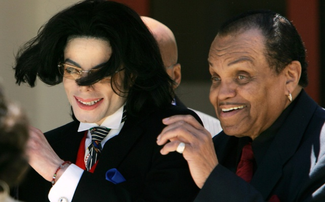 Padre de Michael Jackson ha sido enterrado en este cementerio