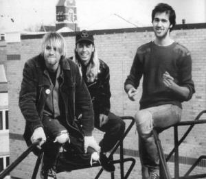 Ex baterista de Nirvana habló sobre material inédito que saldría de la banda