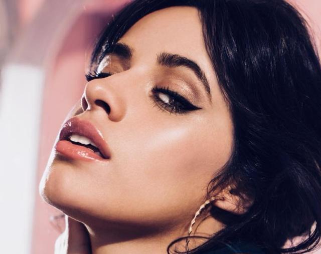 """Camila Cabello lanza su propia línea de maquillaje """"Havana"""""""