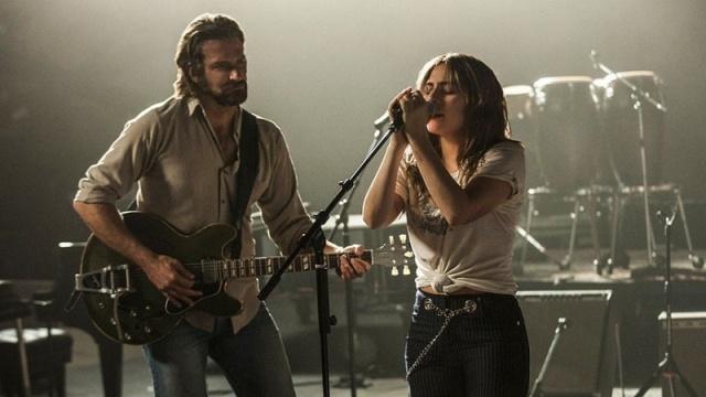 Bradley Cooper y Lady Gaga estrenarán 'Nace una estrella' en el Festival de Cine de Venecia.
