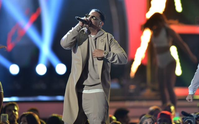 Daddy Yankee estrenará canción con Janet Jackson