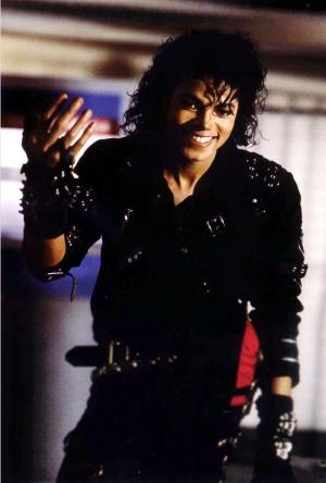 Michael Jackson gana más dinero en la actualidad que en vida