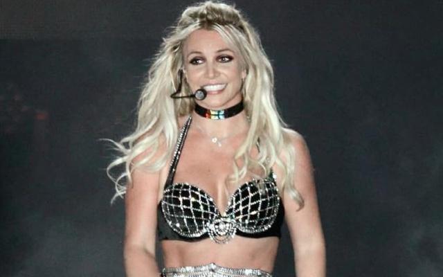 La mala memoria de Britney Spears vuelve a jugarle una mala pasada en pleno concierto