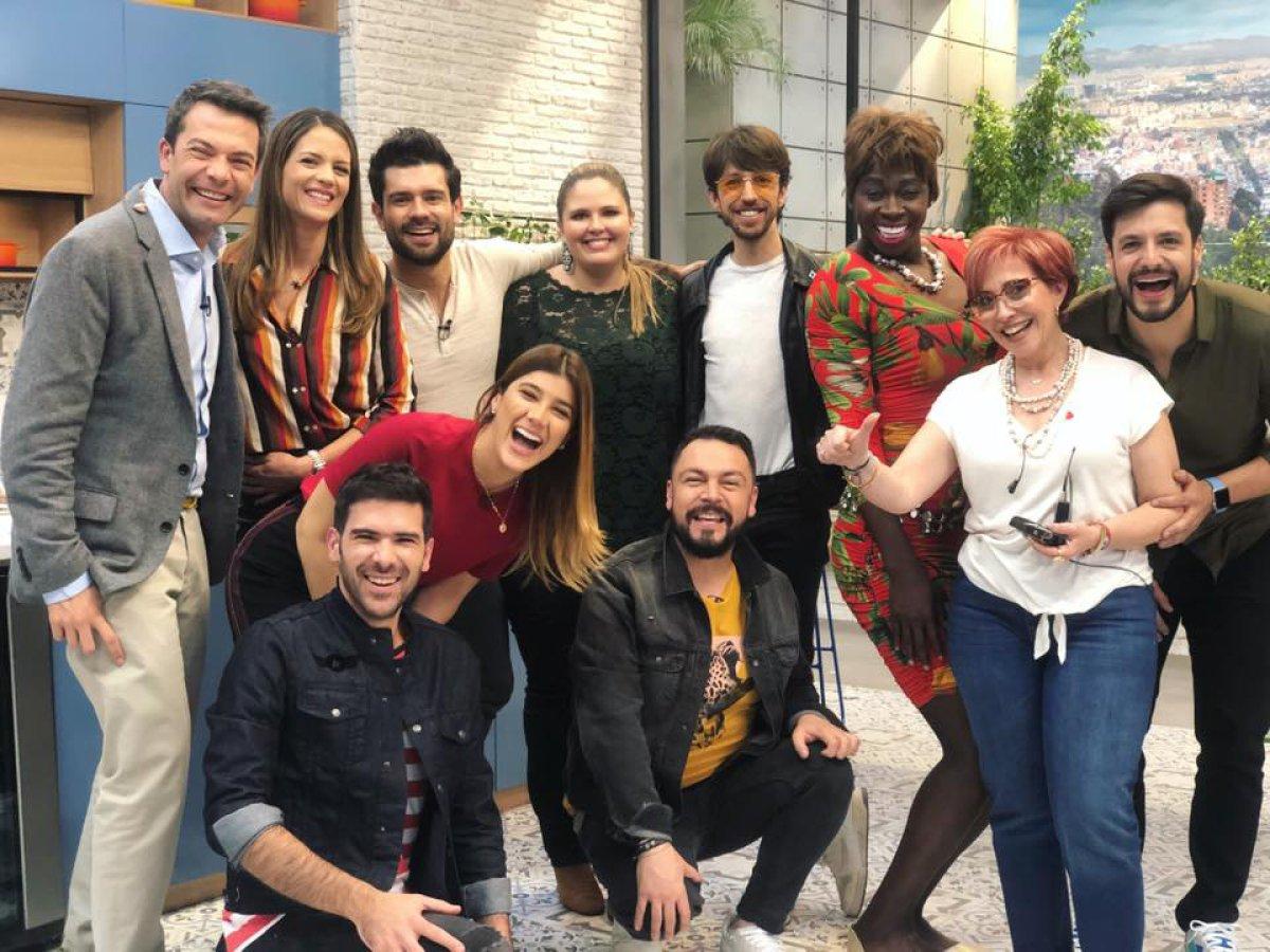 """Presentador de """"El Desayuno"""" explota en plena transmisión del programa"""