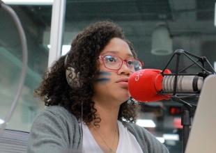 Con solo 15 años, Lismarys fue presidente de Caracol Radio por un día